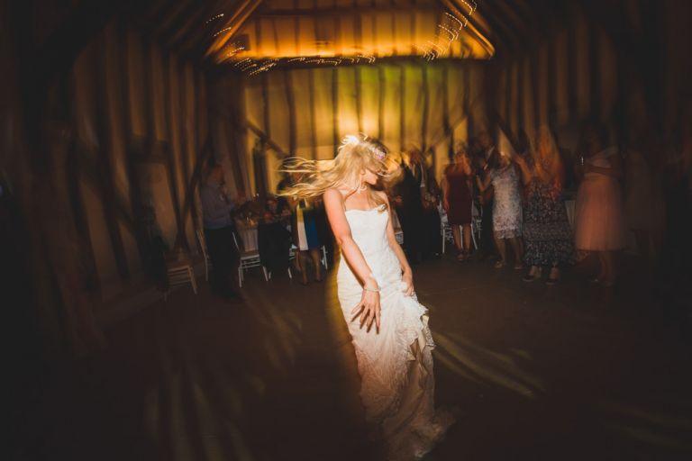 bride dancing to Shakira