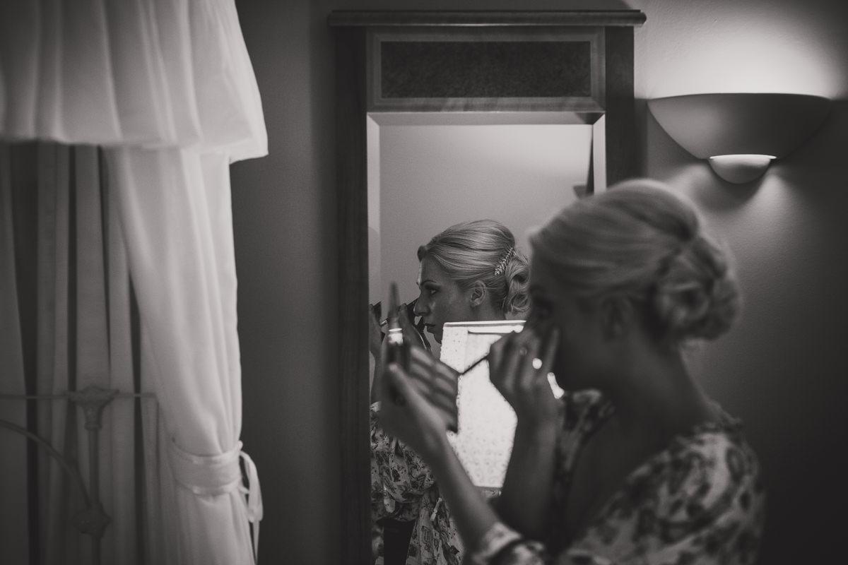 bridesmaid doing make up