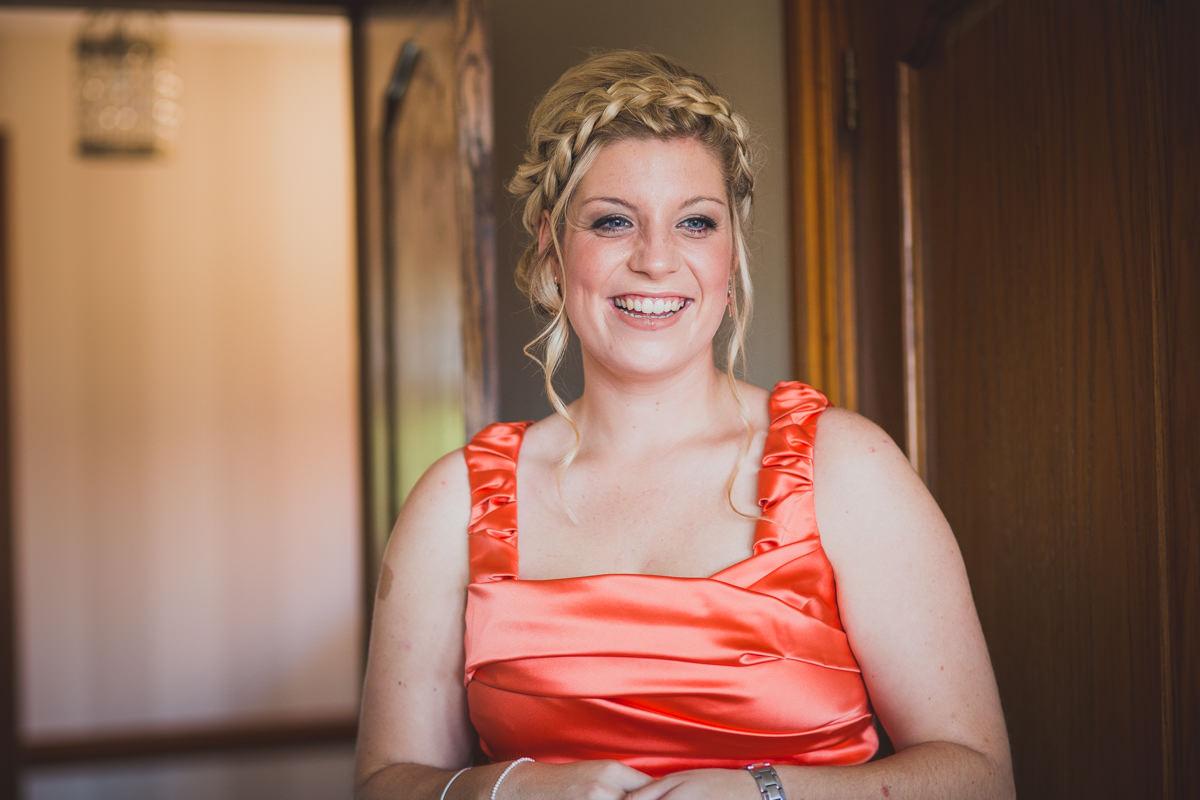 Smiley bridesmaid
